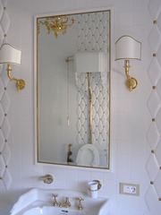 Изготовление зеркал эксклюзивного стиля с чистым отражением